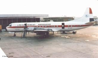 Electra ZP-CBY: El Lockheed L-188 Electra C matriculado ZP-CBY, utilizado por LAP en el viaje presidencial a Europa en Julio de 1973. Foto copyright: Archivo de George Farinas.