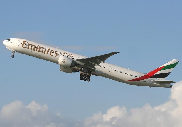 emirates_boeing_777-300er_spijkers