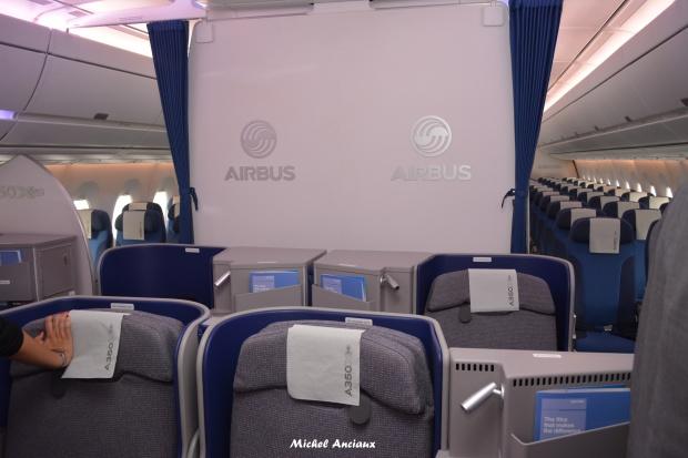 898-airbus-a350-941-f-wwcf