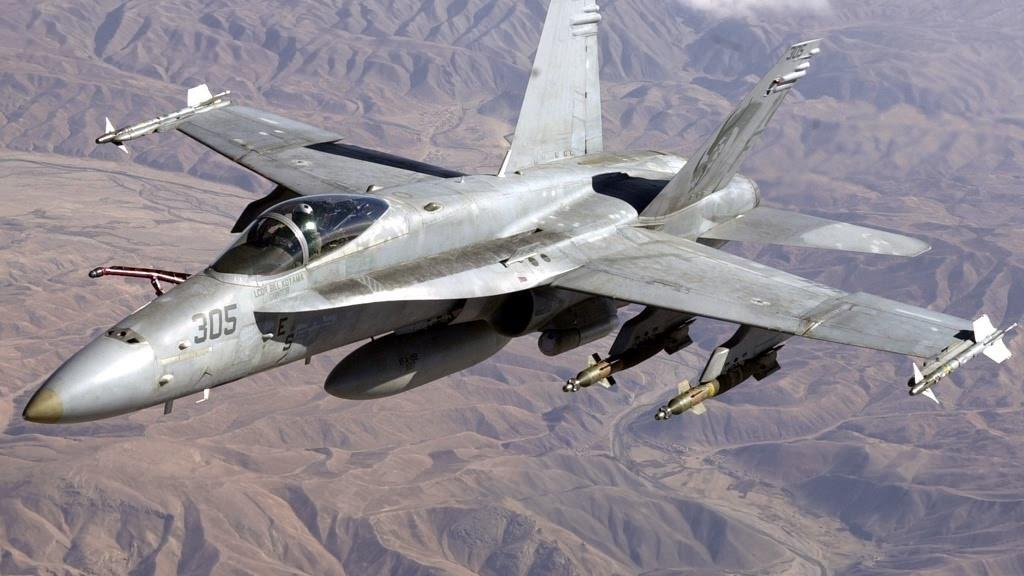 Navy F-18 USAF