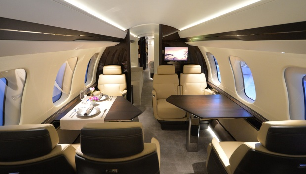 embed-02-bombardier-global-7000