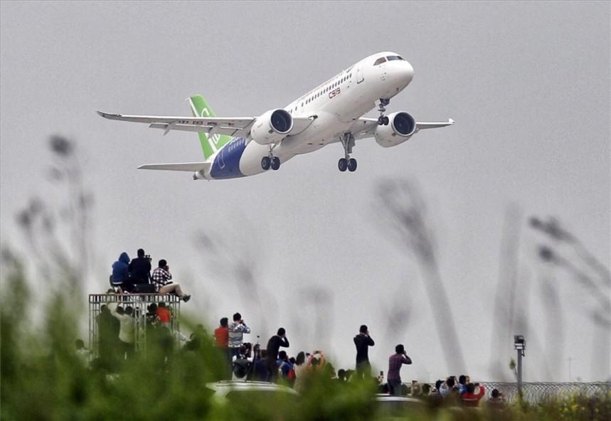 avion-chino-comac-c919-primer-vuelo-1493979203229