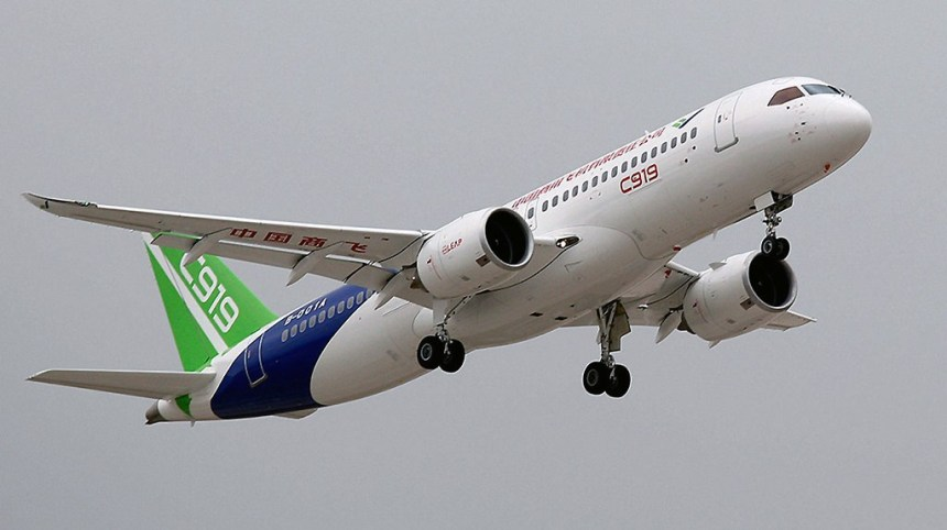 Comac-C919-First-Flight-AP