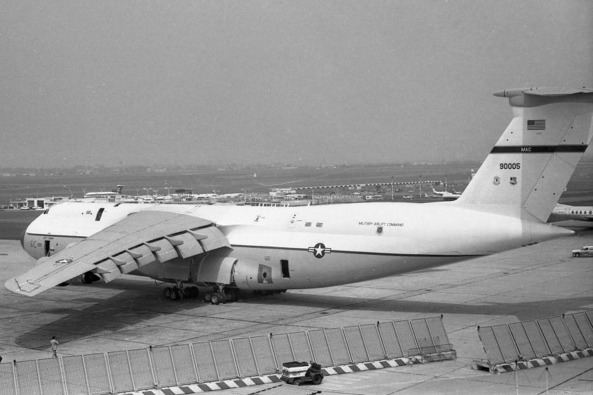 13 Lockheed C-5A Galaxy ''69-0005'' USAF