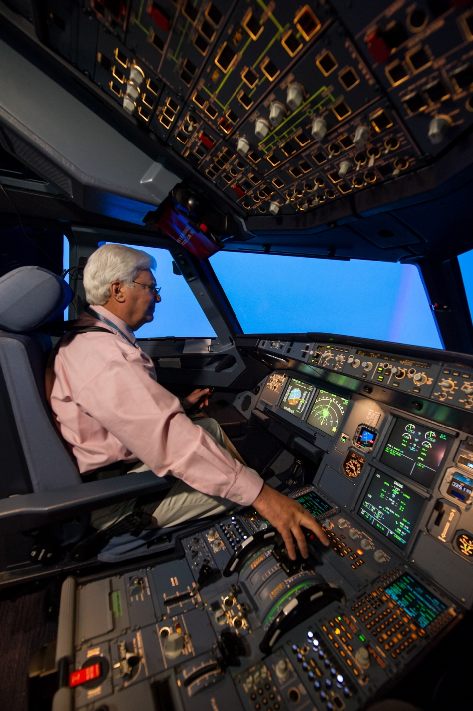 Farnborough_Airshow_Day_2_Azul_Brazilian_Airlines_FHS