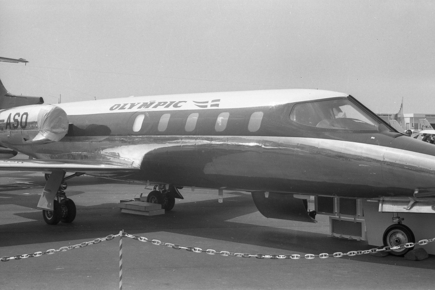 img491 Gates Learjet 25B SX-ASO Olympic Airways