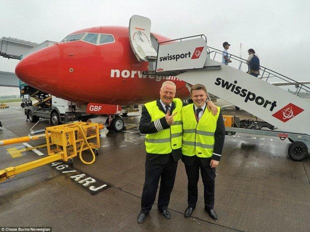 pai-filho-piloto-norwegian-737-3