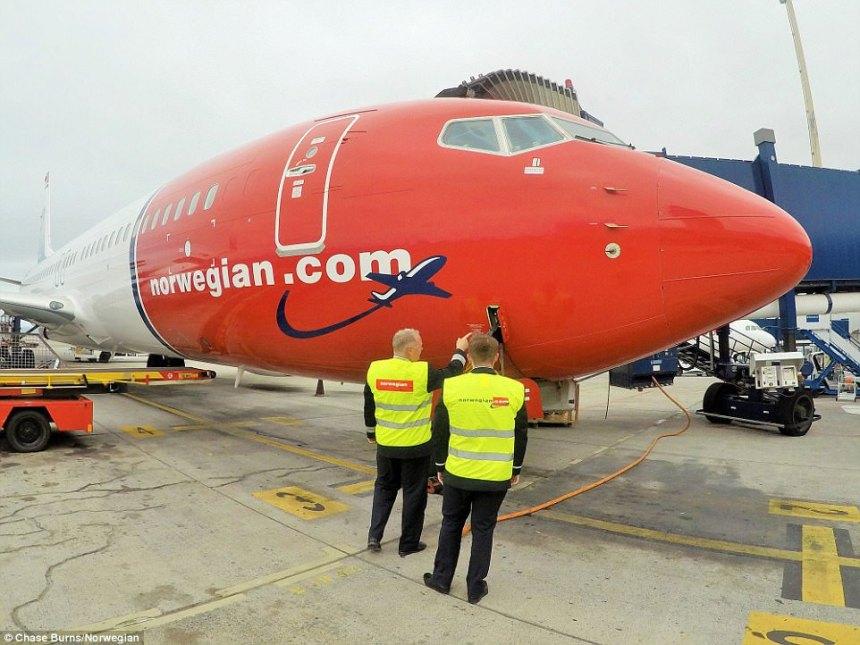 pai-filho-piloto-norwegian-737