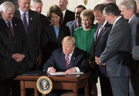 Trump-privatización-ATC-USA-450x311