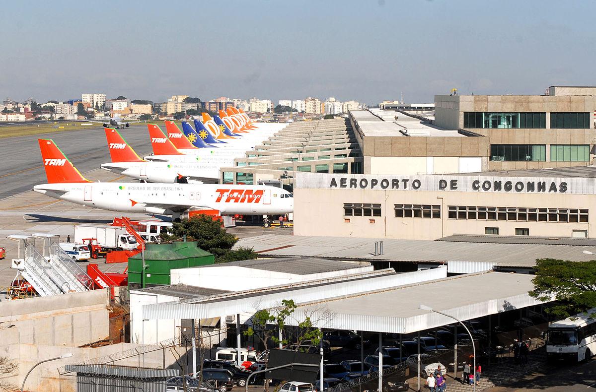 1200px-Aeroporto_de_Congonhas_-_Aeronaves
