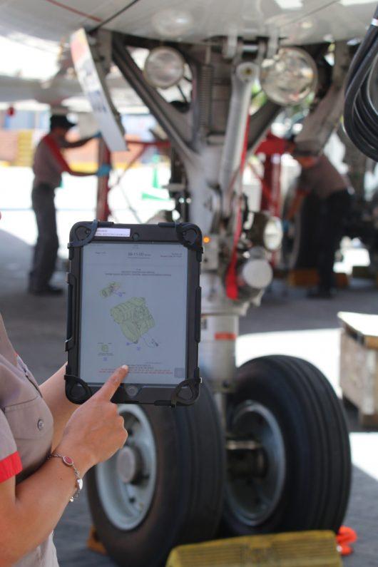avianca-dispositivo-electronico-procesos-mantenimiento-aeronavegabilidad-e1494396533303