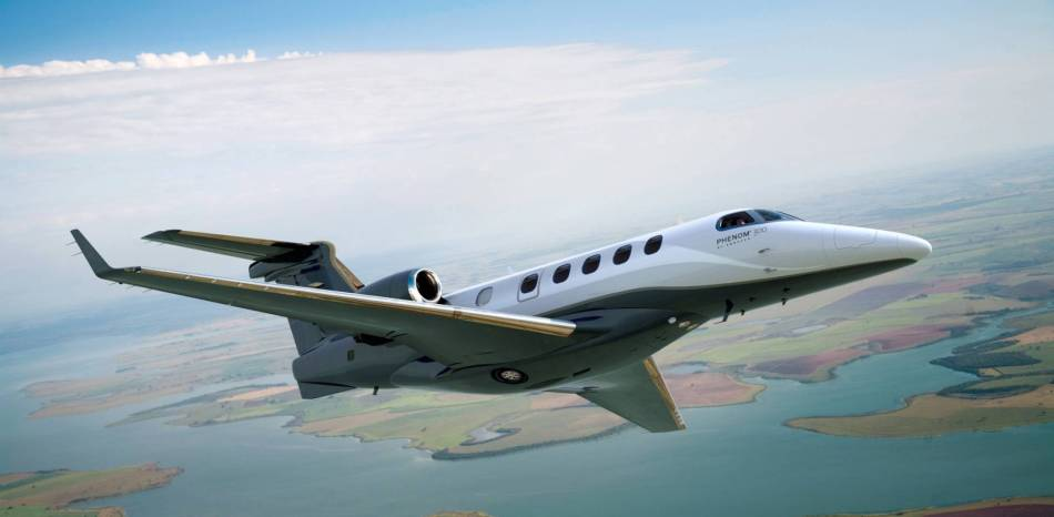 phenom_300_flight-04