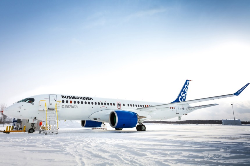 Bombardier_cs300_4127-04-8-09jan15-ftv7_cs300outside-3_en