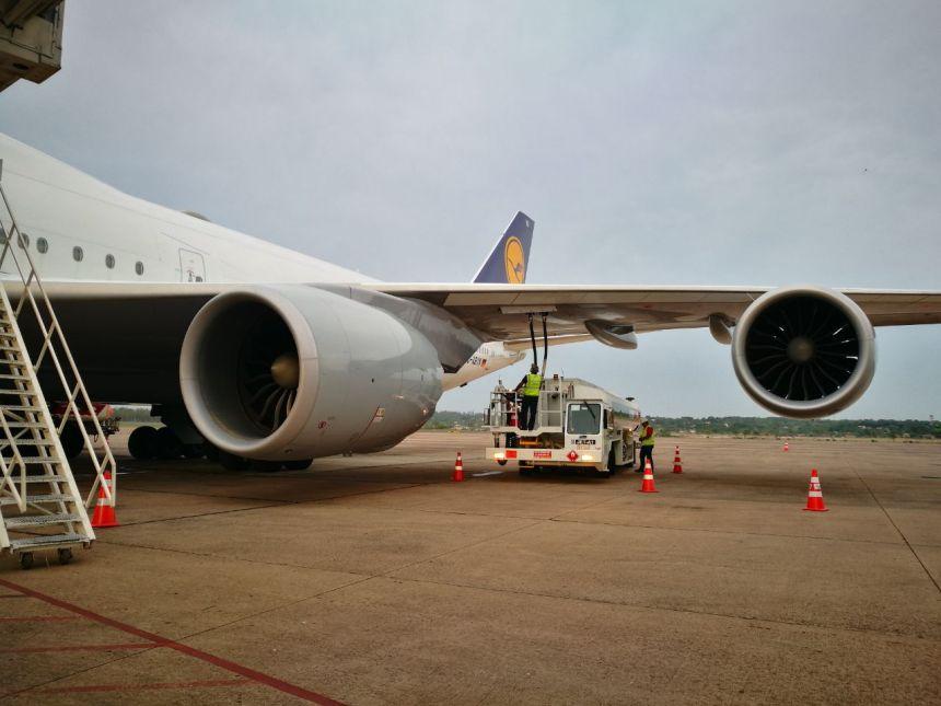 Boeing 748 de LH en ASU