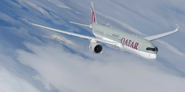 a350_xwb_qatar_airways_in_flight_5
