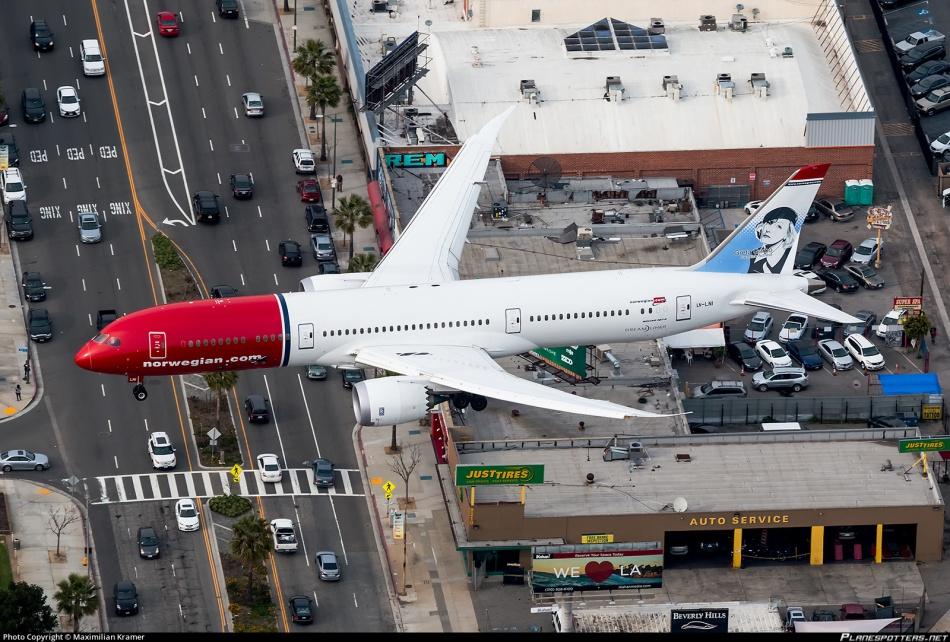 ln-lni-norwegian-long-haul-boeing-787-9-dreamliner_PlanespottersNet_751883