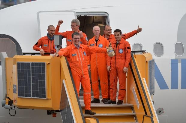 A321LR_FF_Landing-crew