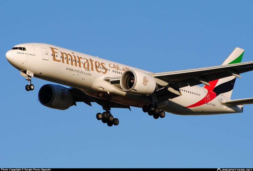 gjuae1465_gemini_emirates_777-200lr_a6-ewf_diecast_scale_model_400_scale