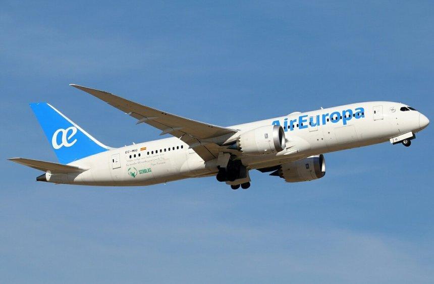 AIR-EUROPA_787
