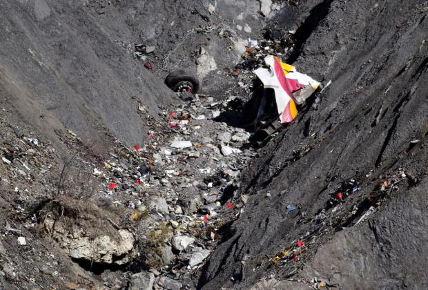 wreckage-germanwings-flight-9525