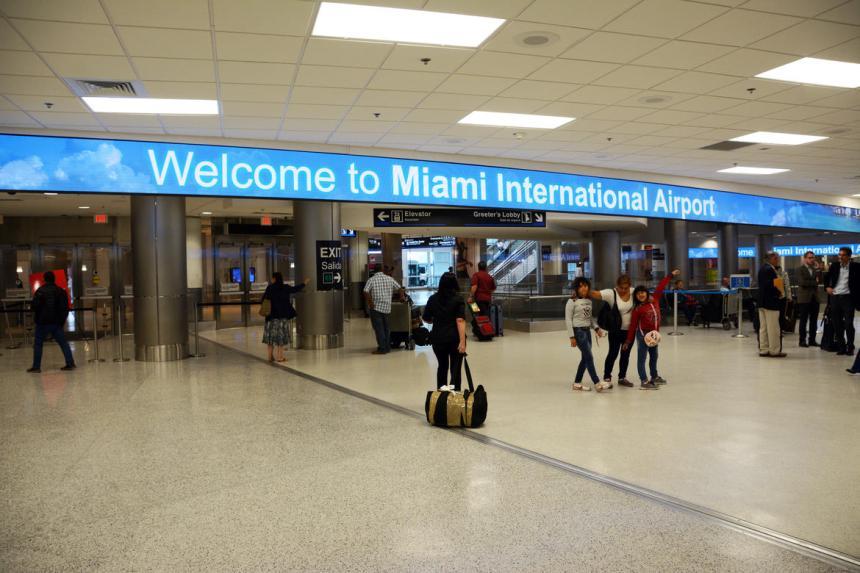 miami-airport-02