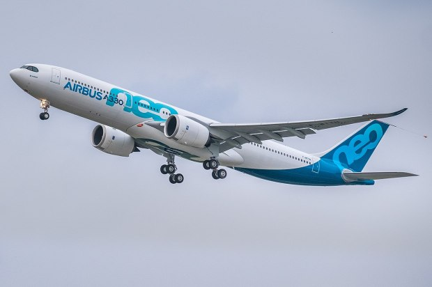 1200px-Airbus_A330neo_first_take-off_(cropped)
