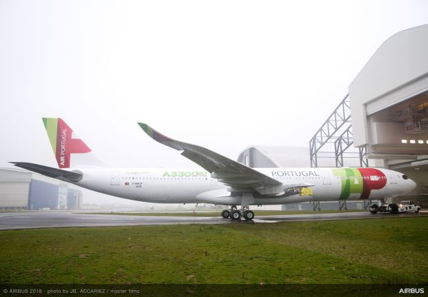 A330neo-TAP-Air-Portugal-MSN1836-rolls-out-of-painthall-003