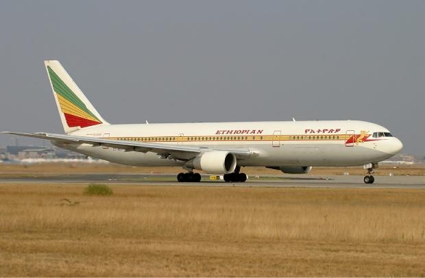 Ethiopian_Airlines_Boeing_767-300ER_KvW-1