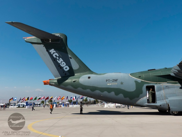 P1080881 KC-390 Tail