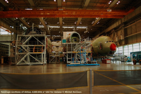 049-fuselage-sections-of-airbus-a380-841-nc2b0152-for-asiana-c2a9-michel-anciaux