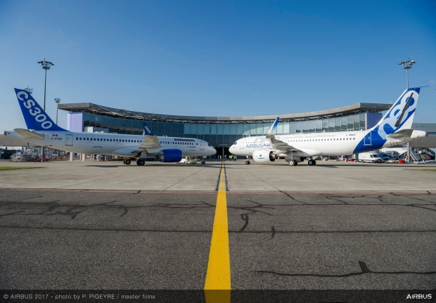 BAMBARDIER-CS300-AIRBUS-A320