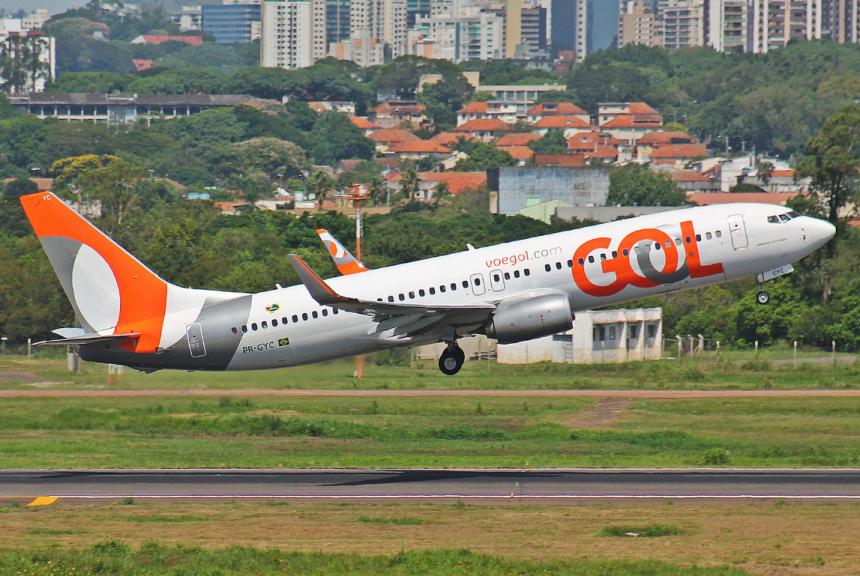 GOL-BOEING-737-800-PR-GYC