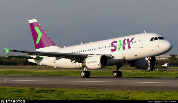 sky-airline-a319-100