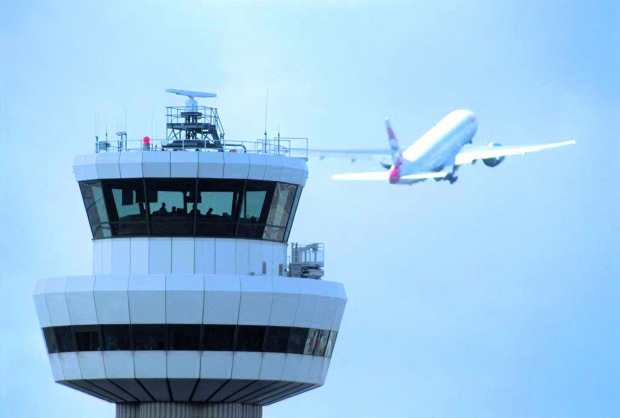 2-Gatwick-Control-Tower