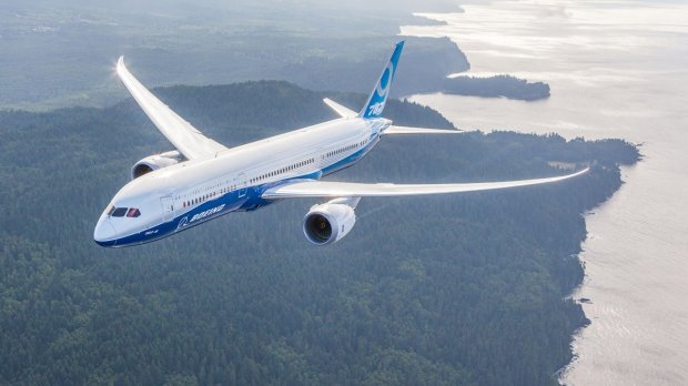 DREAMLINER-787-JUNEYAO-AIRLINES