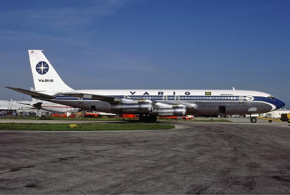 Varig_Boeing_707-379C_Hoppe