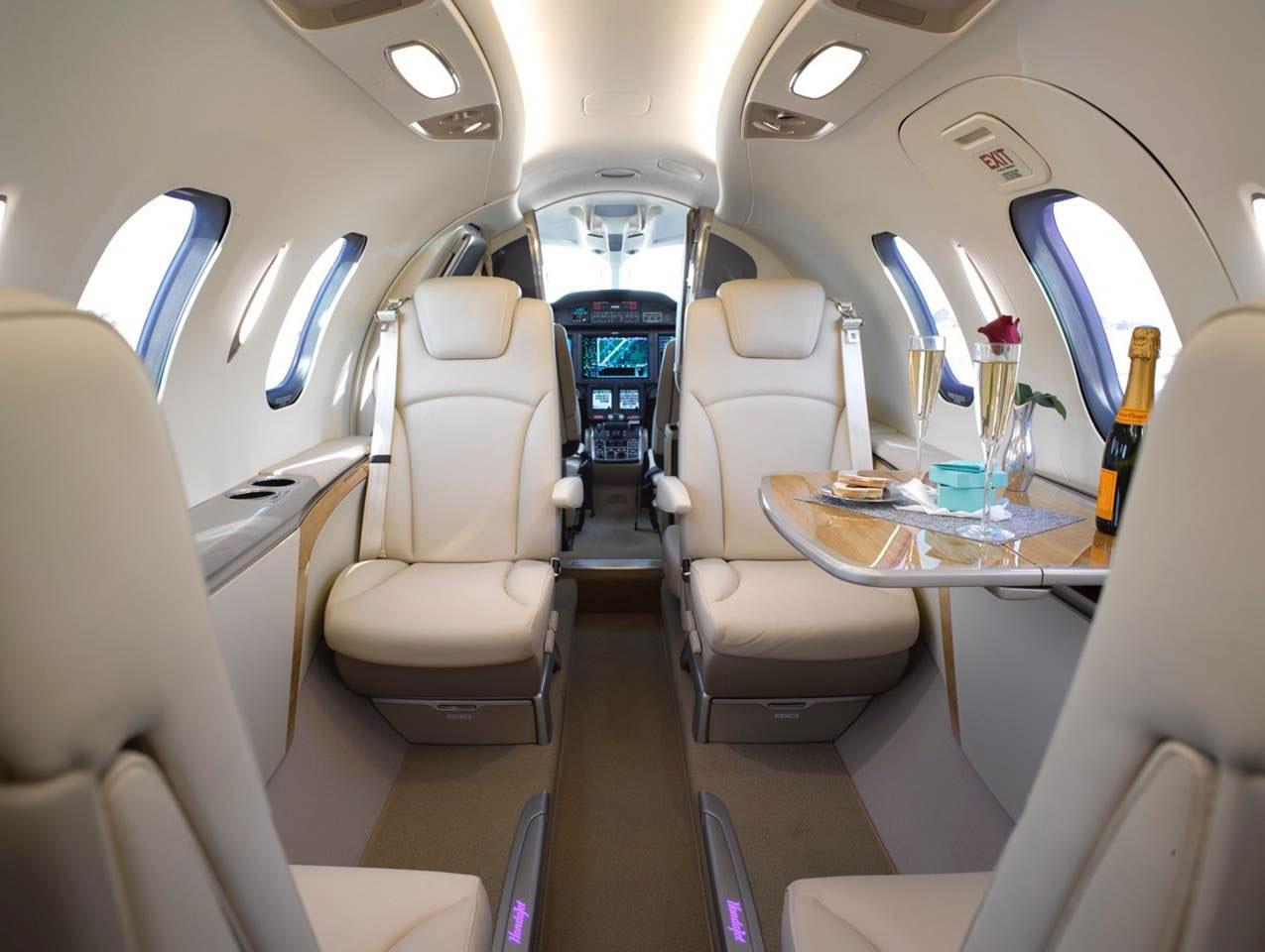 2018-HondaJet-Interior