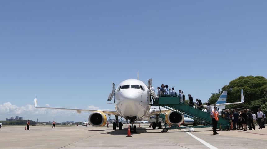 Bautismo-avion-FlyBondi-171