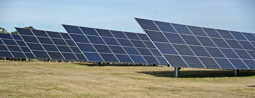 Planta-de-Generación-Solar-Fotovoltaica-aeropuerto