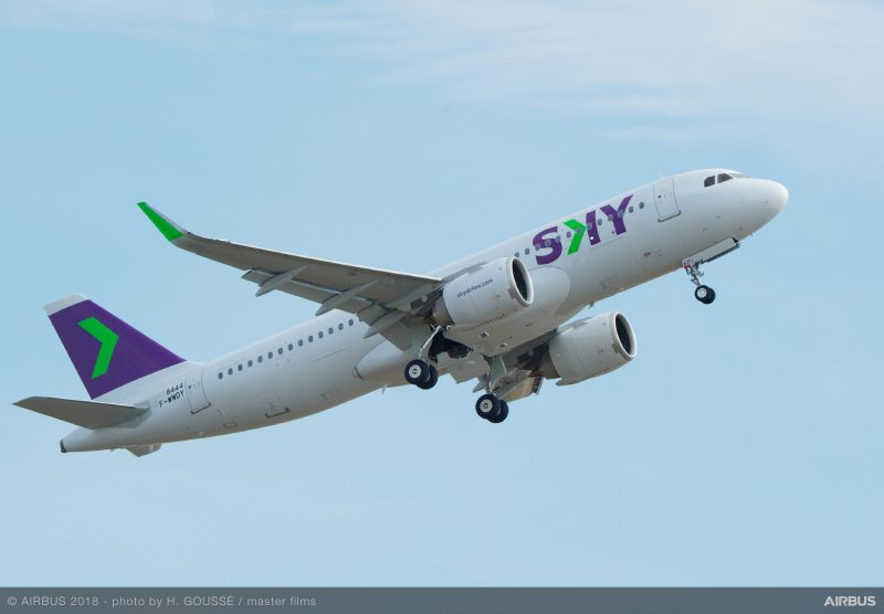 A320neo-Sky-Airlines-MSN8444-take-off-008-800x556
