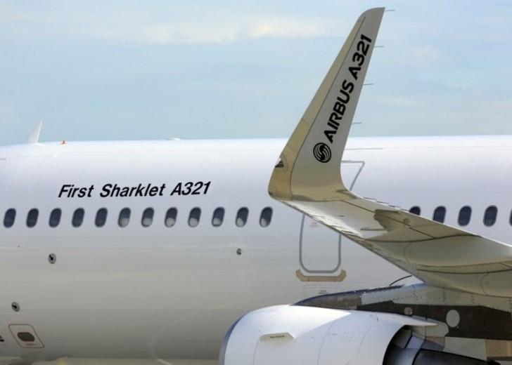 A321-Sharklets-firstflight-Hamburg-aviationews.eu_
