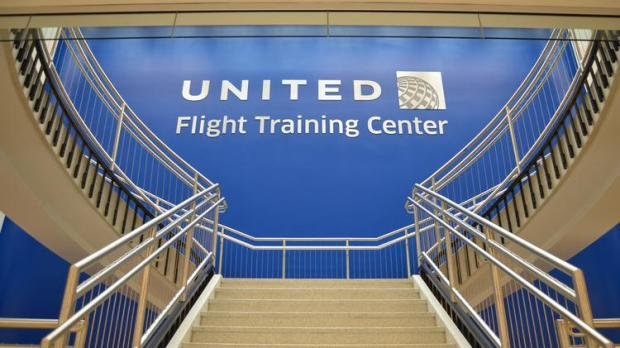 01united-airlines-flight-training-center-1_750xx4608-2592-0-240