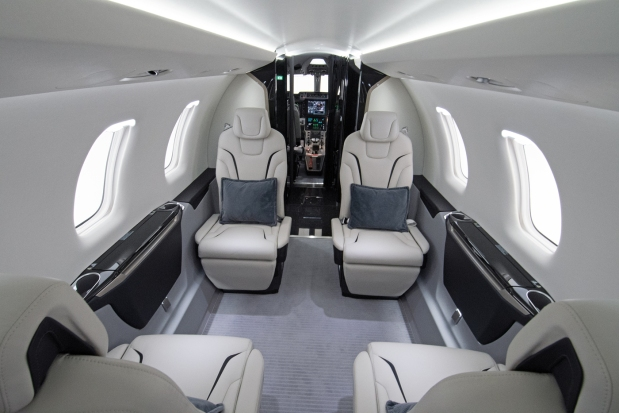 pc-24-double-club-interior-18