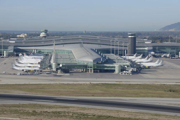 Terminal-1de-El-Prat-990x661