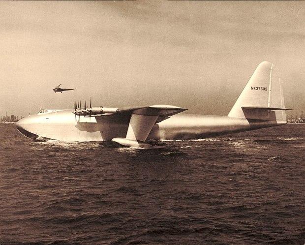 800px-H-4_Hercules_2