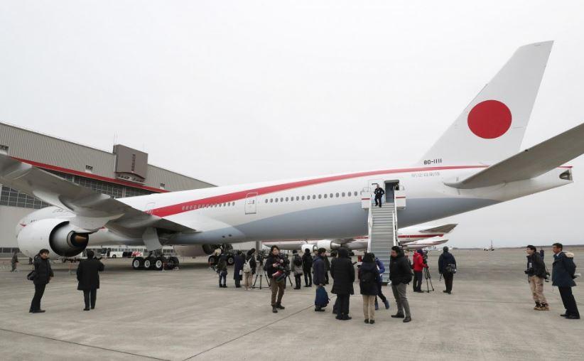 BOEING-777-300ER-JAPAN-80-1111-2