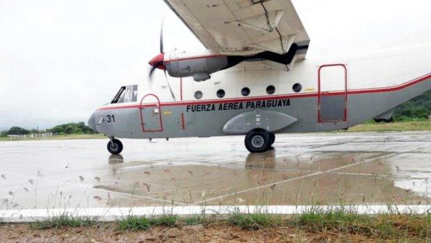 una-de-las-aeronaves-del-servicio-de-transporte-aereo-militar-setam-en-la-pista-de-todo-tiempo-de-fuerte-olimpo-el-medio-de-traslado-es-muy_970_549_1583100