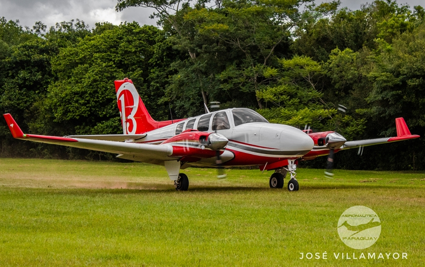 beechcraft baron 1.edit-02