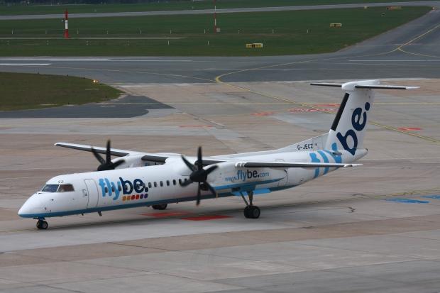 2010-04-06_Dash8_flybe_G-JECZ_EDDH_01
