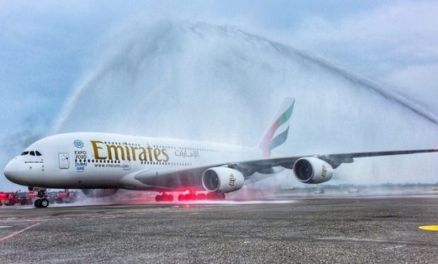 Emirates-Water-salute-1-723x437